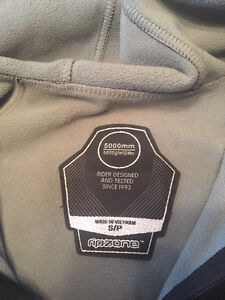 Ripzone soft shell size small  Cambridge Kitchener Area image 2