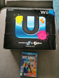Wii U premium pack with Mario cart 8 and Spitoon