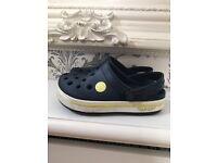 Boys crocs size 10/11