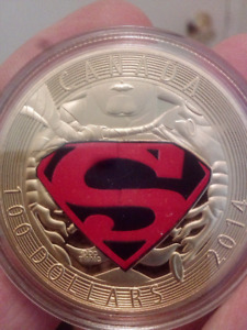 LARGE RARE 40mm SUPERMAN 2014 GOLD PLATED COLORED COIN.