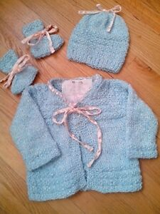 Hand knit set 3-6 mths girls Blue with pink ribbon NEW