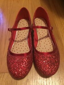 Ladies Size 8 Red Sparkle Shoes