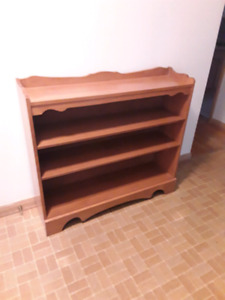 Solid Maple Bookcase Buy And Sell Furniture In Ontario Kijiji