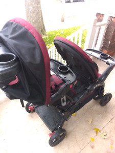 Like new! Baby Trend Sit' N Stand Double Stroller