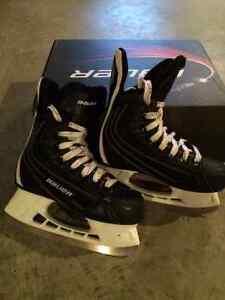 Patins de hockey Bauer - pointure 4