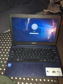 Asus X205ta laptop