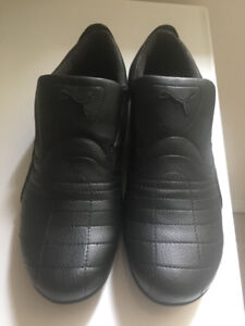 Men´s Puma shoes, brand new, size 9 black