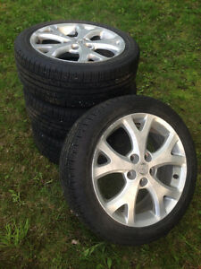 ** 205/50R17 Goodyear Assurance Comfortred Touring / 5X114.3 **