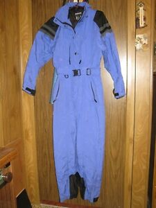 SKI SUIT (inside and outside suites) - Like New - Excelent cond.