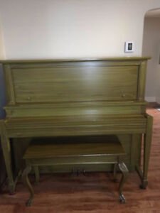 Piano antique Doherty