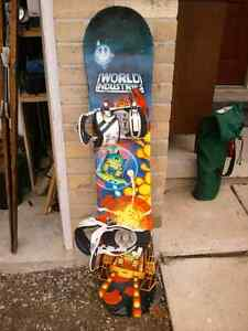 World Industries 141 cm snowboard with bindings