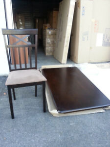Dining set with table and 4 chairs