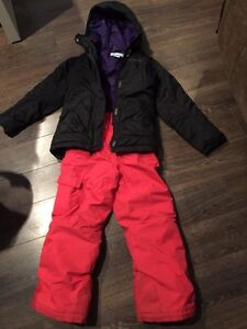 Girls size 8 Columbia bugaboo snow suit