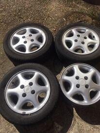 4 Ford Wheels