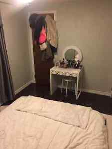 Beautiful one room available- close to Trent *students only* Peterborough Peterborough Area image 5