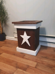 Rustic Outdoor Planter With Star