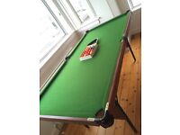 Small snooker/pool table