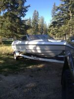 Awesome Boat For Fishing or Cruising the Lake!!! Trades?