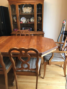Beautiful table with five chairs as seen or 4 press back 100 obo