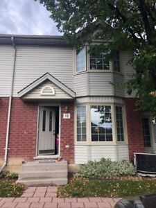 3 BED CONDO IN NORTH WEST CLOSE TO UWO