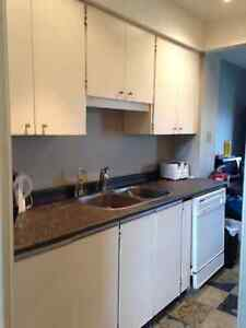 One Student Room By U of W Available Cambridge Kitchener Area image 3