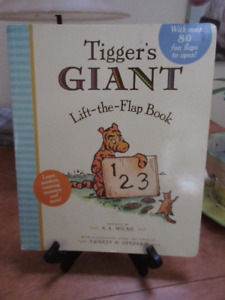 Winnie the Pooh Nursery Rhymes, Tigger's Giant Board Book