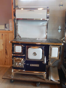 Heartland Sweetheart Cook Stove
