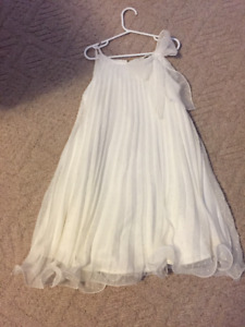 Beautiful size 8 girls dress