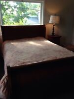 Beautiful sleigh bed in perfect condition