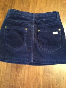 Roots Navy Blue Corduroy Skirt. Size 7 Kitchener / Waterloo Kitchener Area image 2