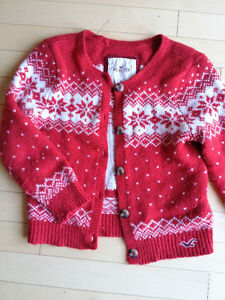 Hollister Sweater- size M