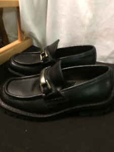 Kenneth Cole Shoes for Sale