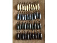 !! CARP FISHING LEADS MIXED SIZES AND COLOURS 60p EACH !!