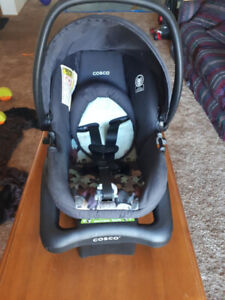 Cosco baby seat with base