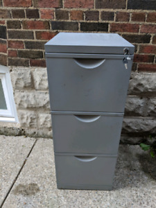 Filing Cabinet $20 - 3 drawer Ikea with keys