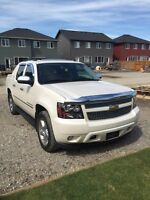 2011 Chevrolet Avalanche, Fully Loaded!