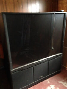 Selling this great working hitachi tv - don't have room for it