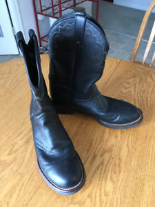 leather oil resisting black boots