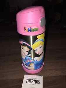 New Thermos FUNtainer 12 oz bottle $15