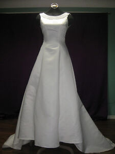 Beautiful  small Wedding Dress