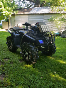 Price dropThe first $5000 takes it 2006 Can Am Outlander 800