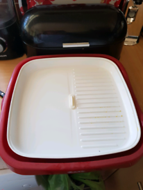 Grill. Great for fry ups and steaks etc