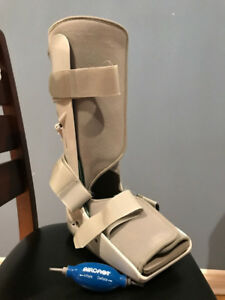 Aircast Walker boot - size L