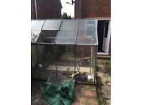 Green house in excellent condition