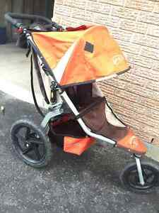 BOB Revolution jogging stroller with FREE stroller caddy