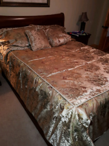 Comforter and pillow covers