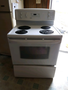 """Kenmore 30"""" range with quick bake"""