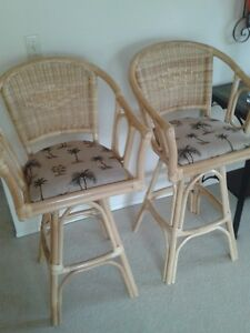 Wicker counter or bar stools
