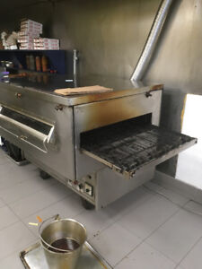 """Middleby Marshall 32"""" GAS conveyor pizza oven for sale"""