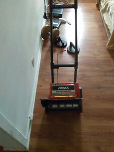 Snow blower electric $25 St Thomas